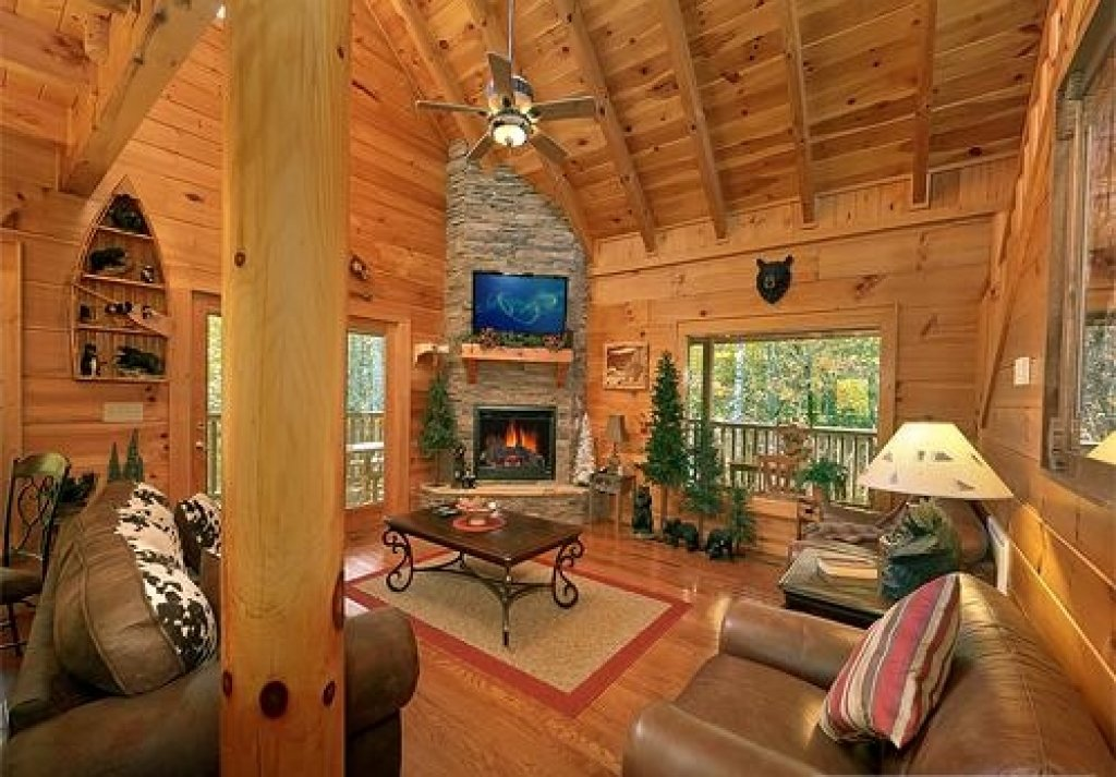Photo of a Pigeon Forge Cabin named Cedar Forest - This is the third photo in the set.