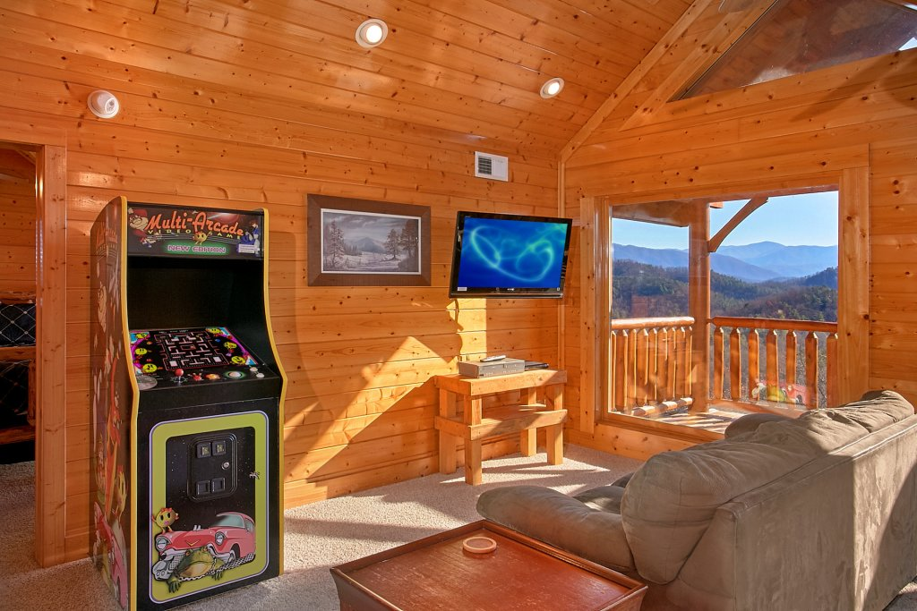 Photo of a Sevierville Cabin named Vista Lodge - This is the twelfth photo in the set.