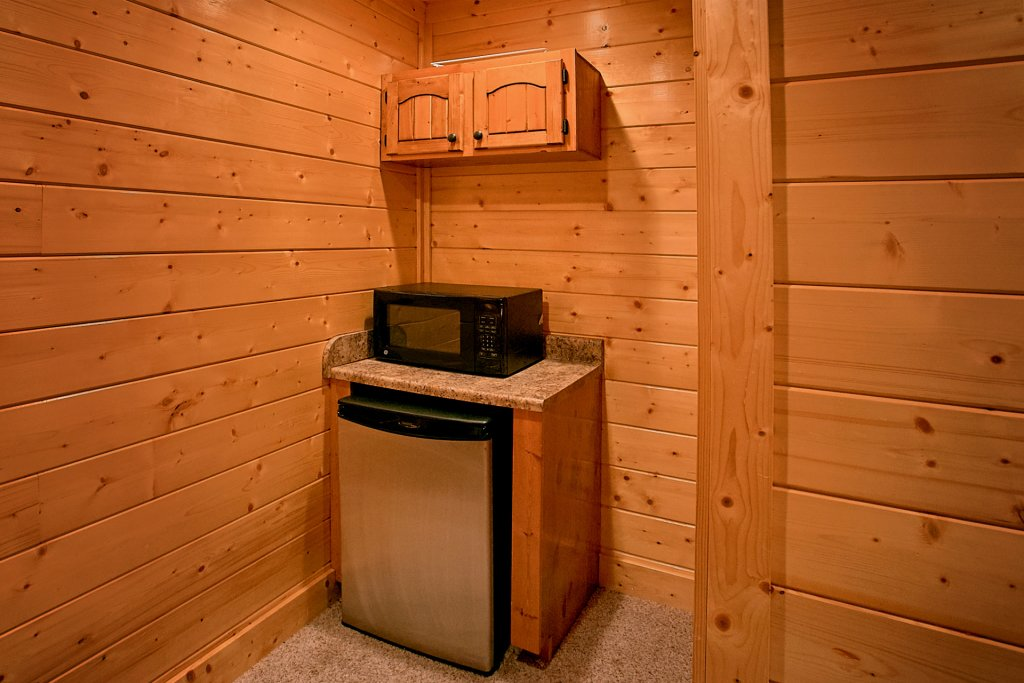 Photo of a Sevierville Cabin named Vista Lodge - This is the sixteenth photo in the set.