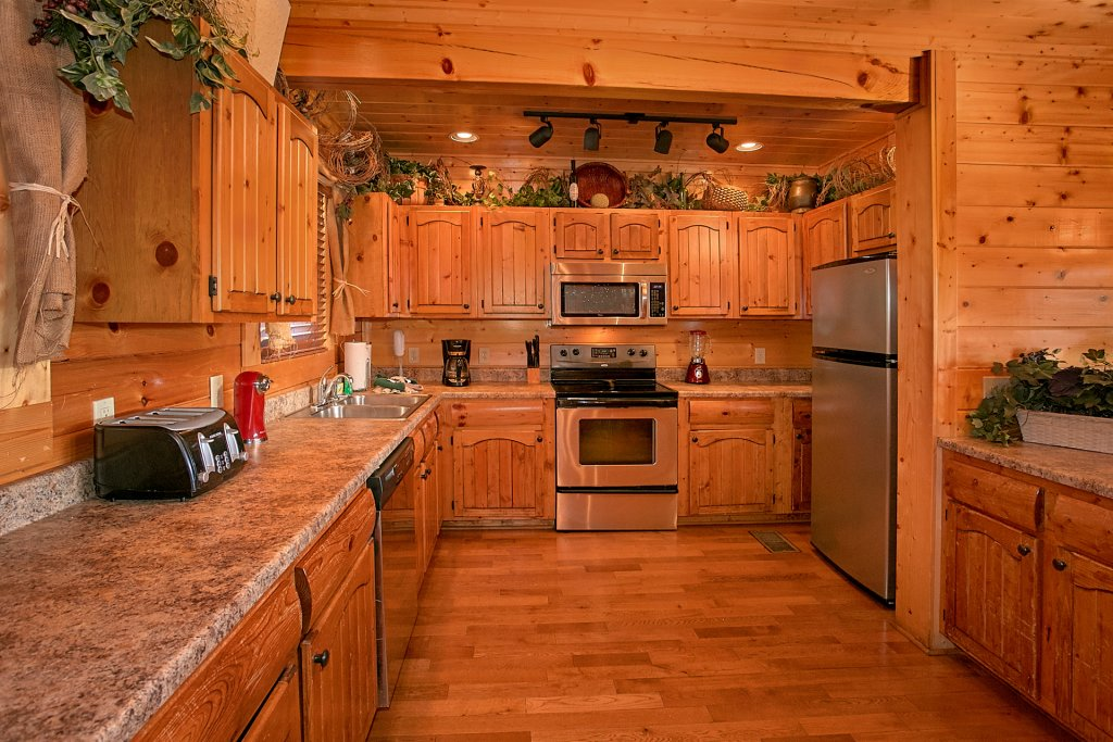 Photo of a Sevierville Cabin named Vista Lodge - This is the fifteenth photo in the set.
