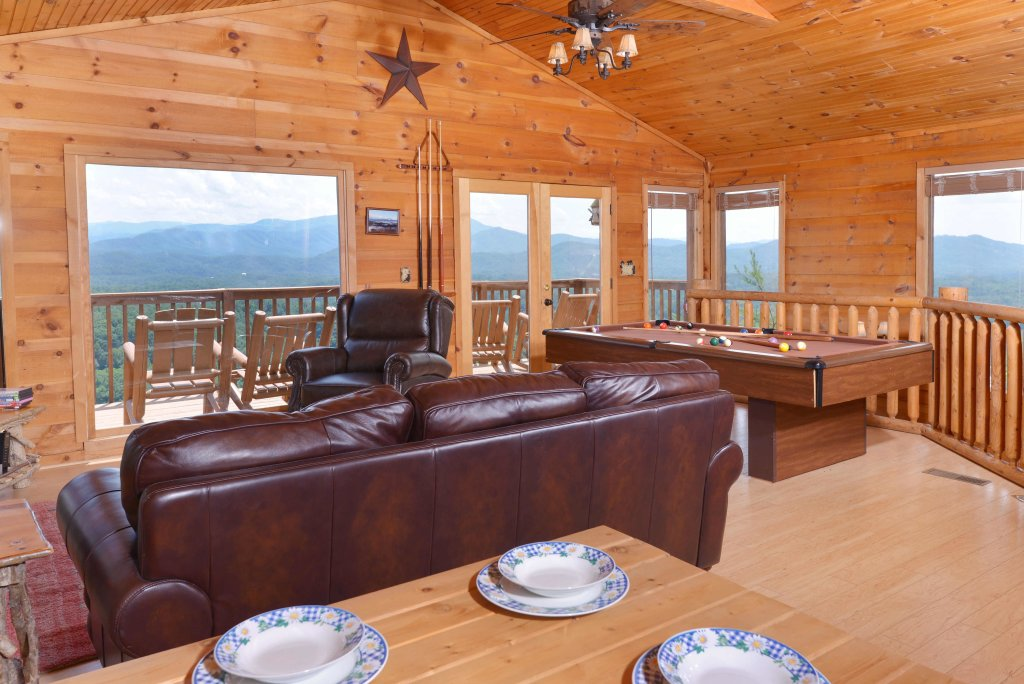 Photo of a Pigeon Forge Cabin named Amazing View #223 - This is the nineteenth photo in the set.
