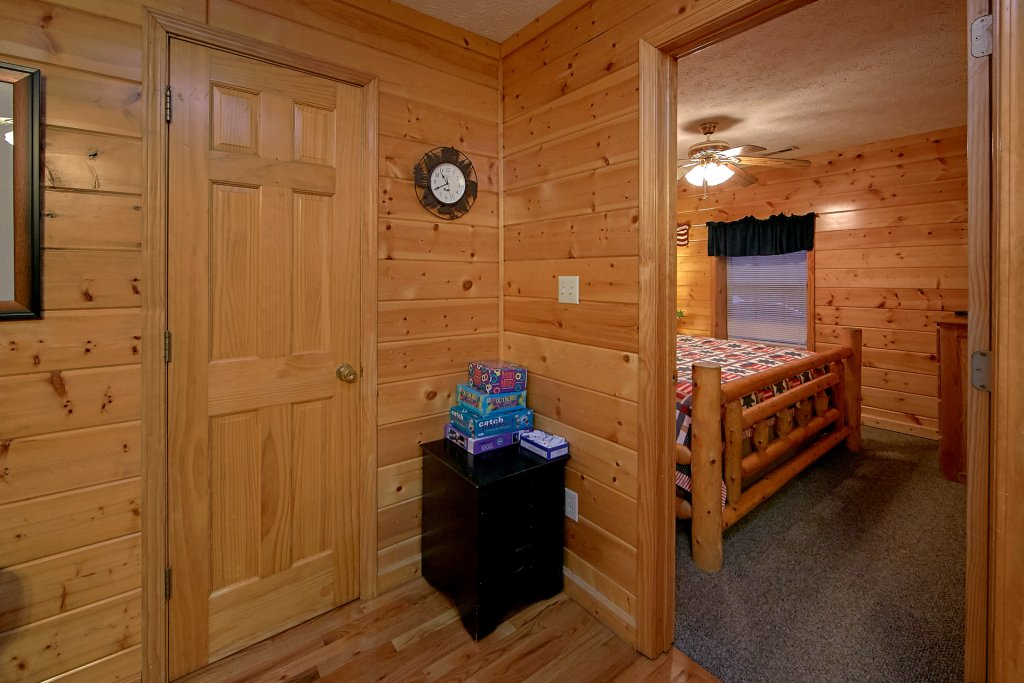 Photo of a Pigeon Forge Cabin named Sweet Mountain Laurel #403 - This is the tenth photo in the set.