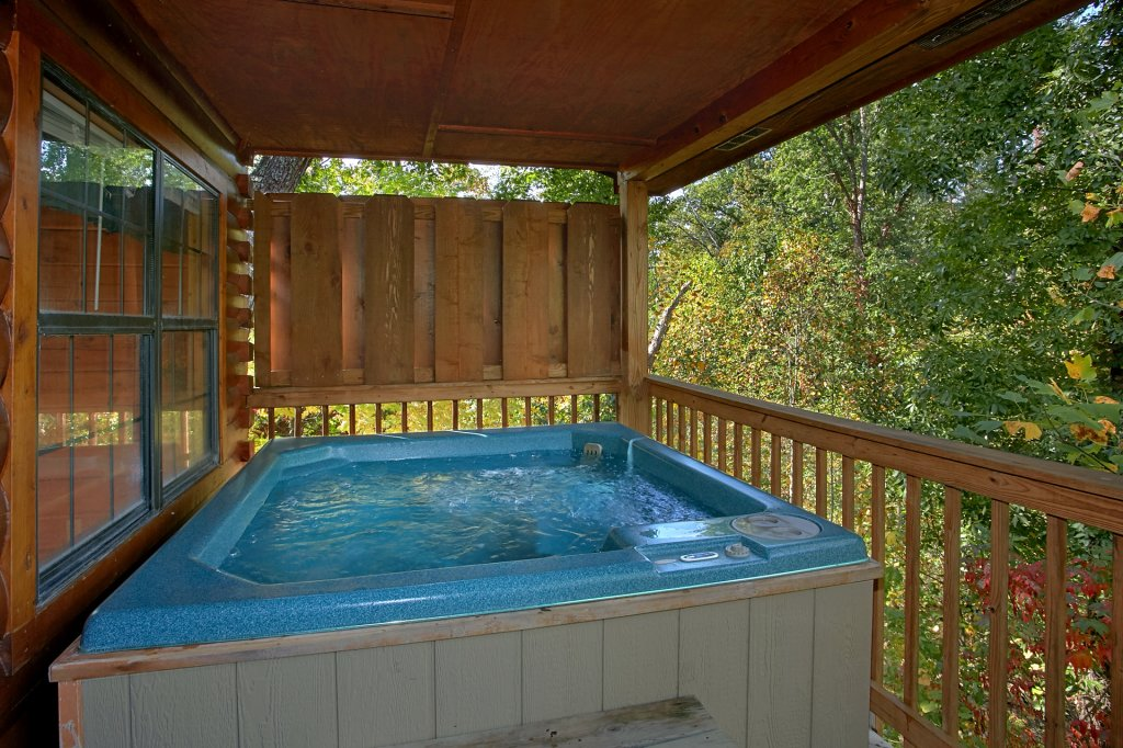 Photo of a Pigeon Forge Cabin named Sweet Mountain Laurel #403 - This is the twelfth photo in the set.