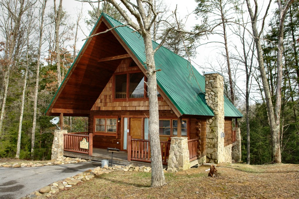 Photo of a Pigeon Forge Cabin named Hidden Romance #1404 - This is the first photo in the set.