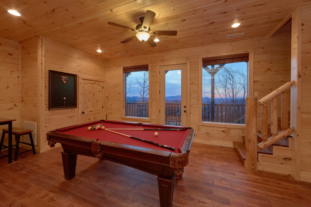 Photo of a Pigeon Forge Cabin named Panoramic Views - This is the ninth photo in the set.