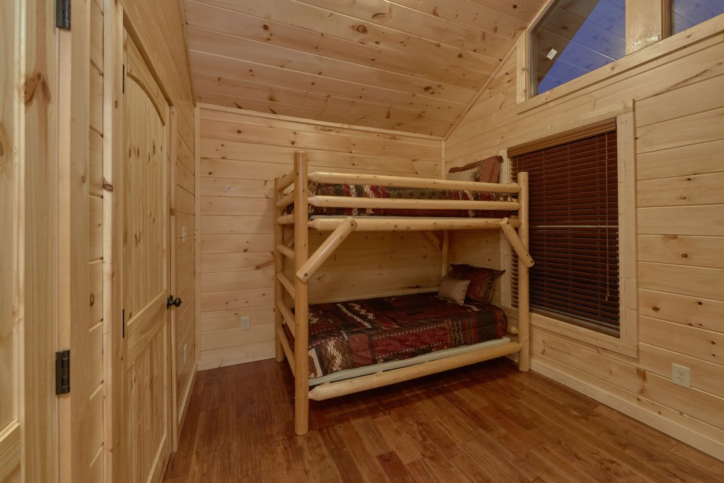 Photo of a Pigeon Forge Cabin named Panoramic Views - This is the twenty-first photo in the set.