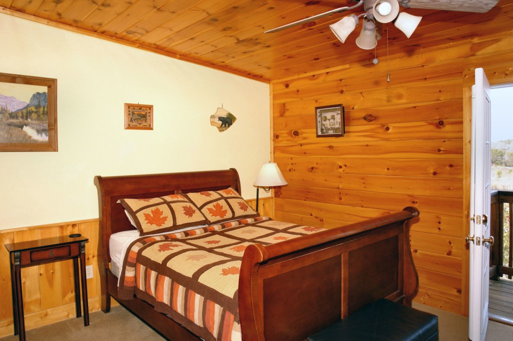 Photo of a Pigeon Forge Cabin named Almost Bearadise #289 - This is the fifteenth photo in the set.