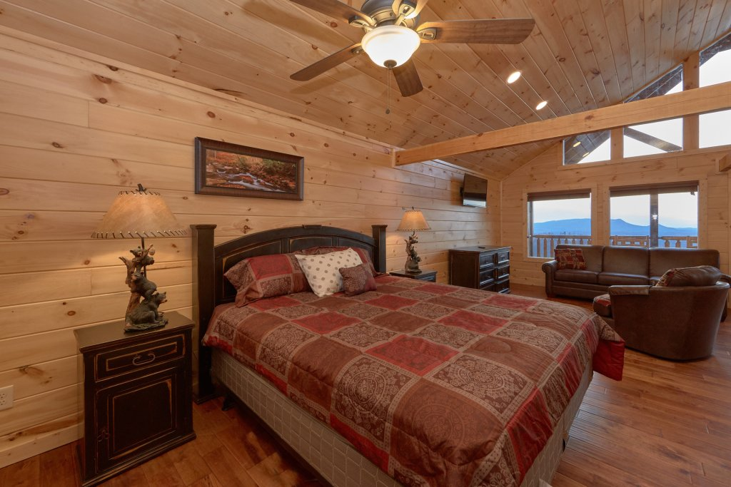 Photo of a Pigeon Forge Cabin named Panoramic Views - This is the fifteenth photo in the set.