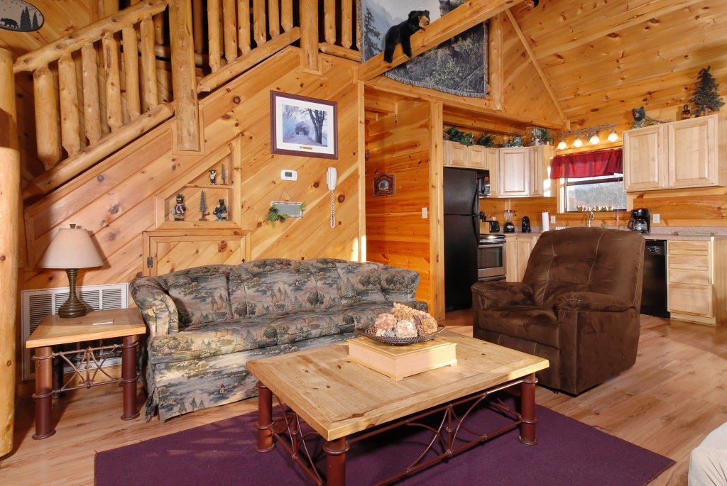 Photo of a Pigeon Forge Cabin named Wow !! What A Cabin #255 - This is the fourteenth photo in the set.