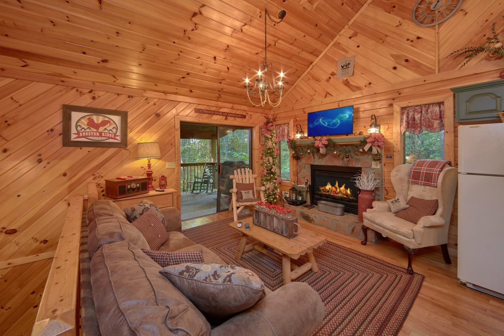 Photo of a Sevierville Cabin named Rooster Ridge Cabin #231 - This is the third photo in the set.