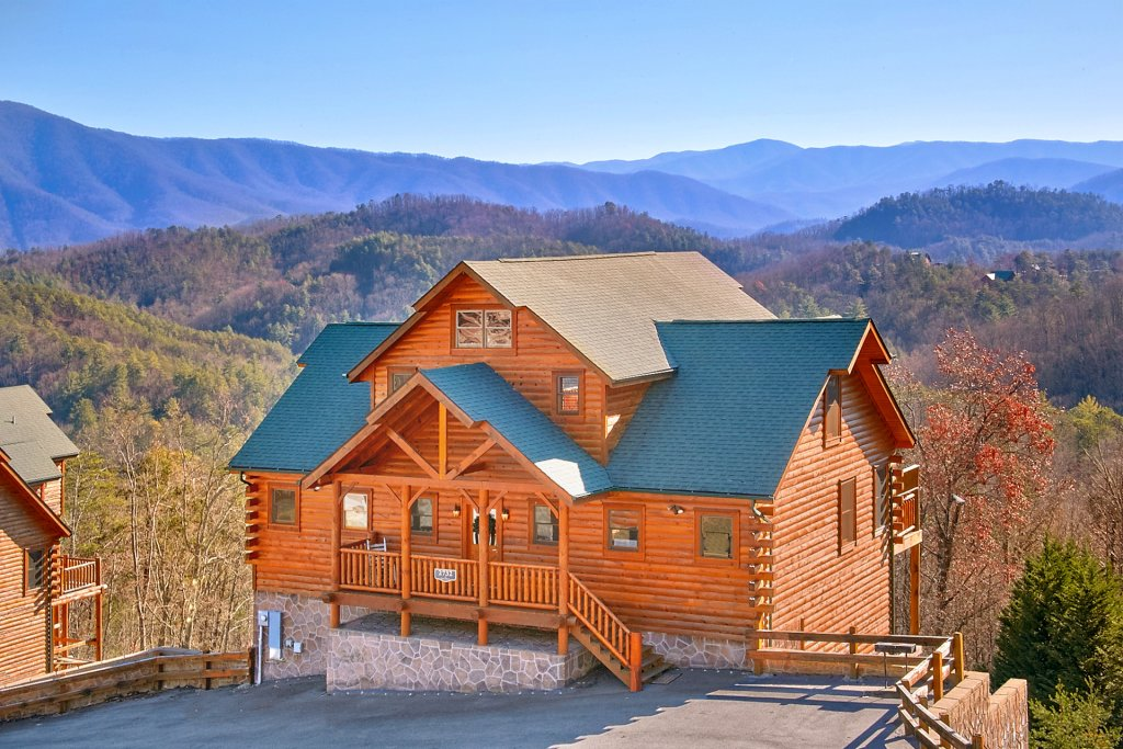 Photo of a Sevierville Cabin named Vista Lodge - This is the twenty-fourth photo in the set.