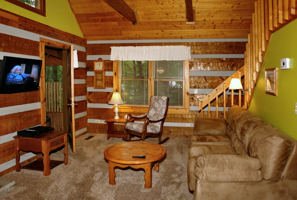 Photo of a Gatlinburg Cabin named Parkside Party #1676 - This is the fifteenth photo in the set.