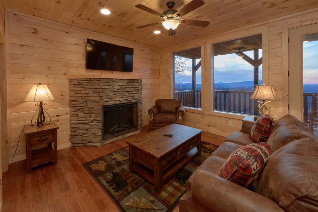Photo of a Pigeon Forge Cabin named Panoramic Views - This is the eleventh photo in the set.