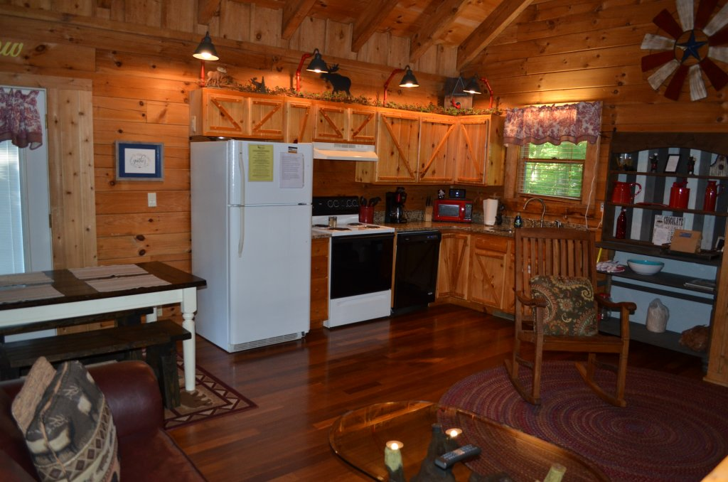 Photo of a Pigeon Forge Cabin named Firefly Hollow #165 - This is the fourth photo in the set.