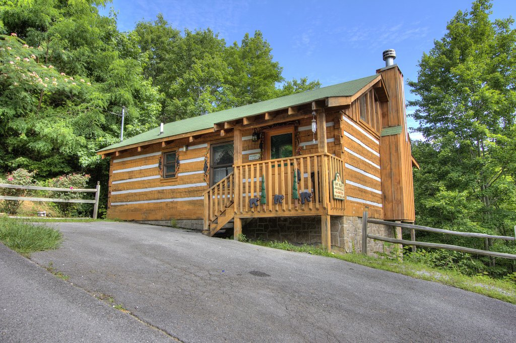 Photo of a Pigeon Forge Cabin named Apple Bear View #116 - This is the twenty-first photo in the set.