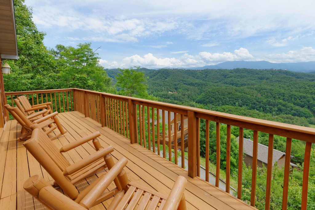 Photo of a Pigeon Forge Cabin named Amazing View #223 - This is the twelfth photo in the set.