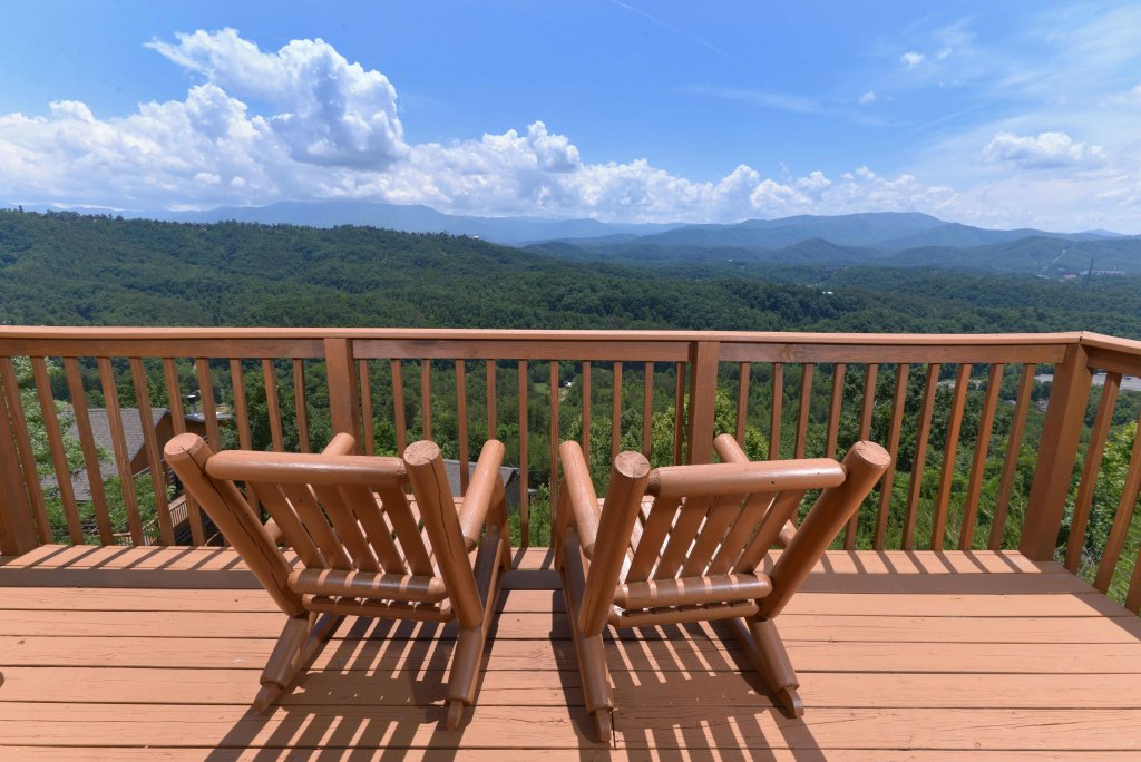 Photo of a Pigeon Forge Cabin named Amazing View #223 - This is the first photo in the set.