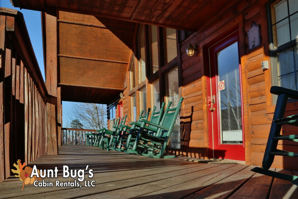 Photo of a Pigeon Forge Cabin named Sun-sational View #245 - This is the twenty-third photo in the set.