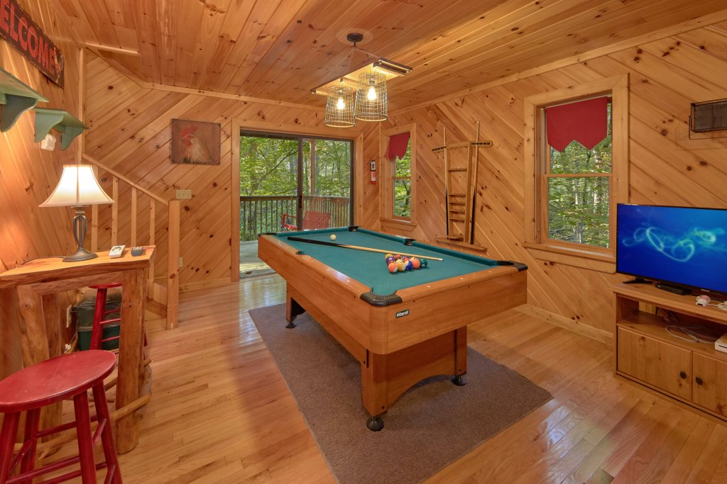 Photo of a Pigeon Forge Cabin named Rooster Ridge Cabin #231 - This is the sixth photo in the set.