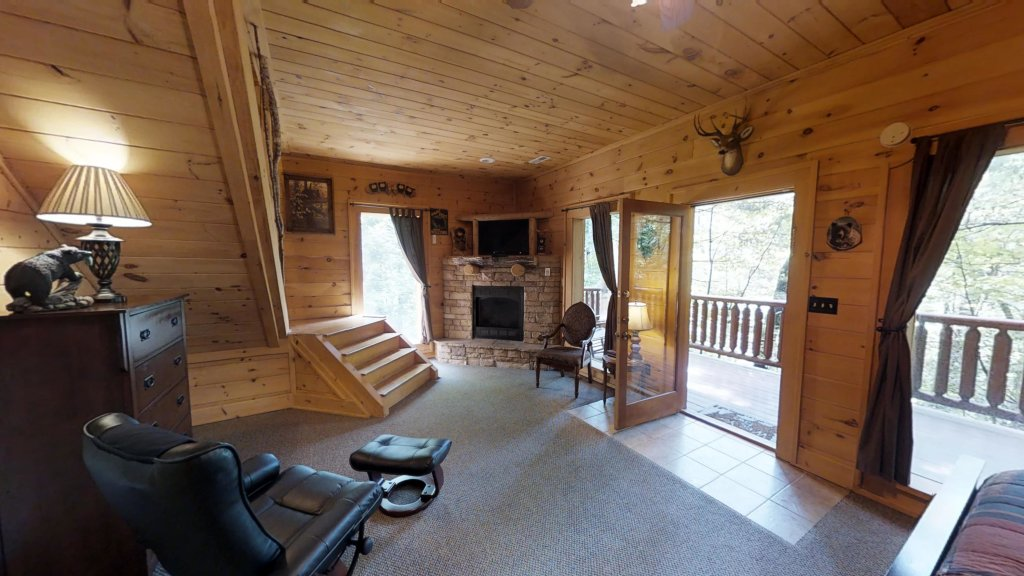 Photo of a Gatlinburg Cabin named Beary Secluded #296 - This is the forty-second photo in the set.