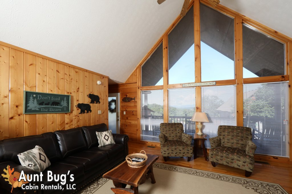 Photo of a Pigeon Forge Cabin named Sun-sational View #245 - This is the fifth photo in the set.