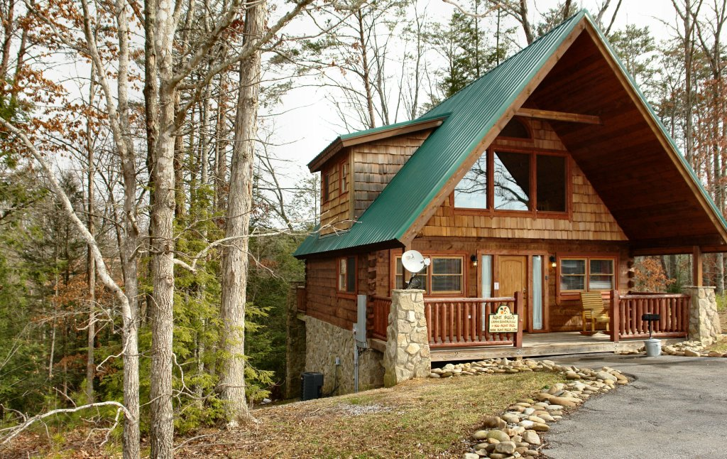 Photo of a Pigeon Forge Cabin named Hidden Romance #1404 - This is the second photo in the set.