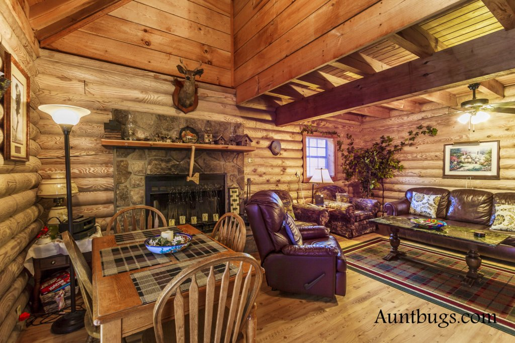 Photo of a Gatlinburg Cabin named Mountain Perch #2134 - This is the nineteenth photo in the set.