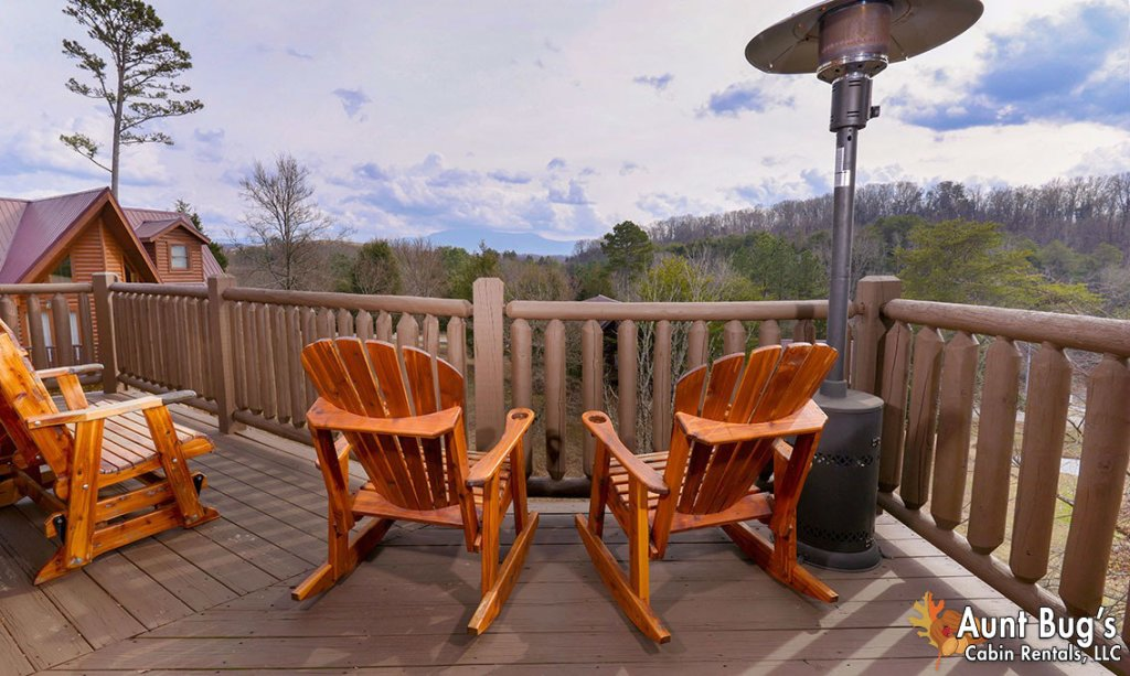 Photo of a Pigeon Forge Cabin named Papa Bear Lodge #565 - This is the seventh photo in the set.