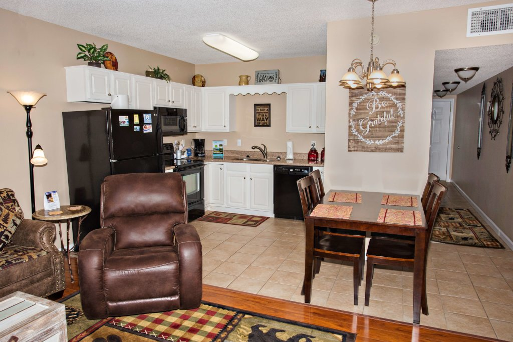 Photo of a Pigeon Forge Condo named Whispering Pines 211 - This is the fifteenth photo in the set.