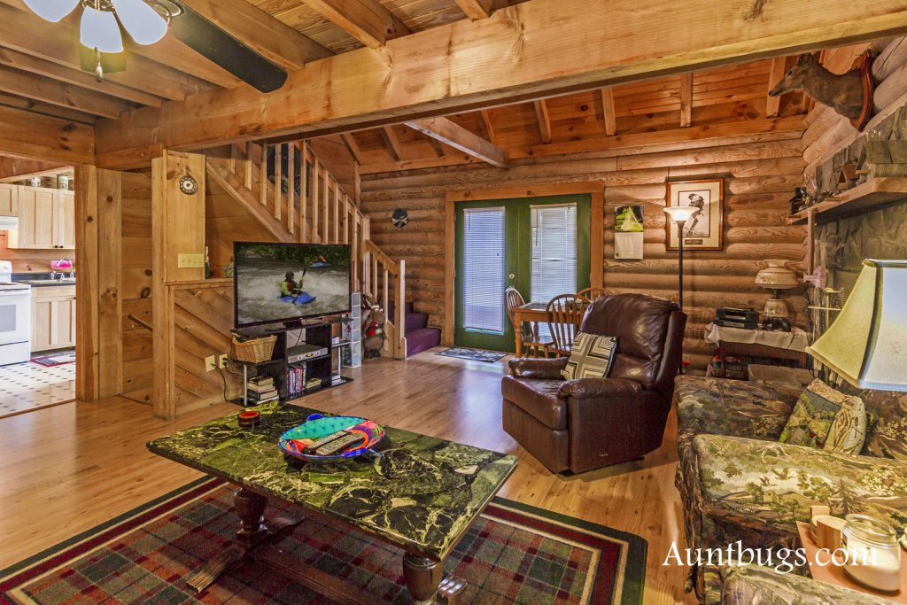 Photo of a Gatlinburg Cabin named Mountain Perch #2134 - This is the sixth photo in the set.