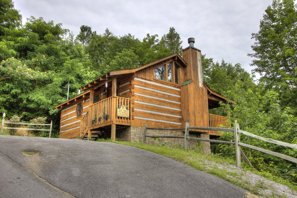 Photo of a Pigeon Forge Cabin named Apple Bear View #116 - This is the nineteenth photo in the set.