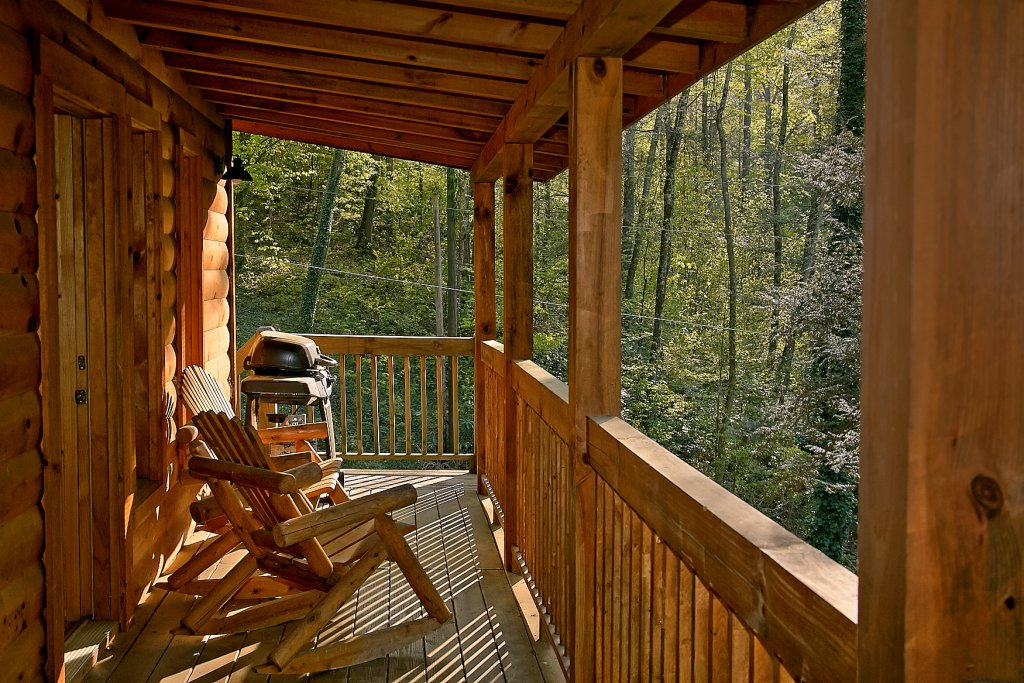 Photo of a Sevierville Cabin named Whispering Waters #208 - This is the fourth photo in the set.