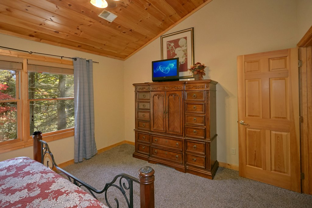 Photo of a Gatlinburg Cabin named Rustic Elegance #422 - This is the twenty-seventh photo in the set.