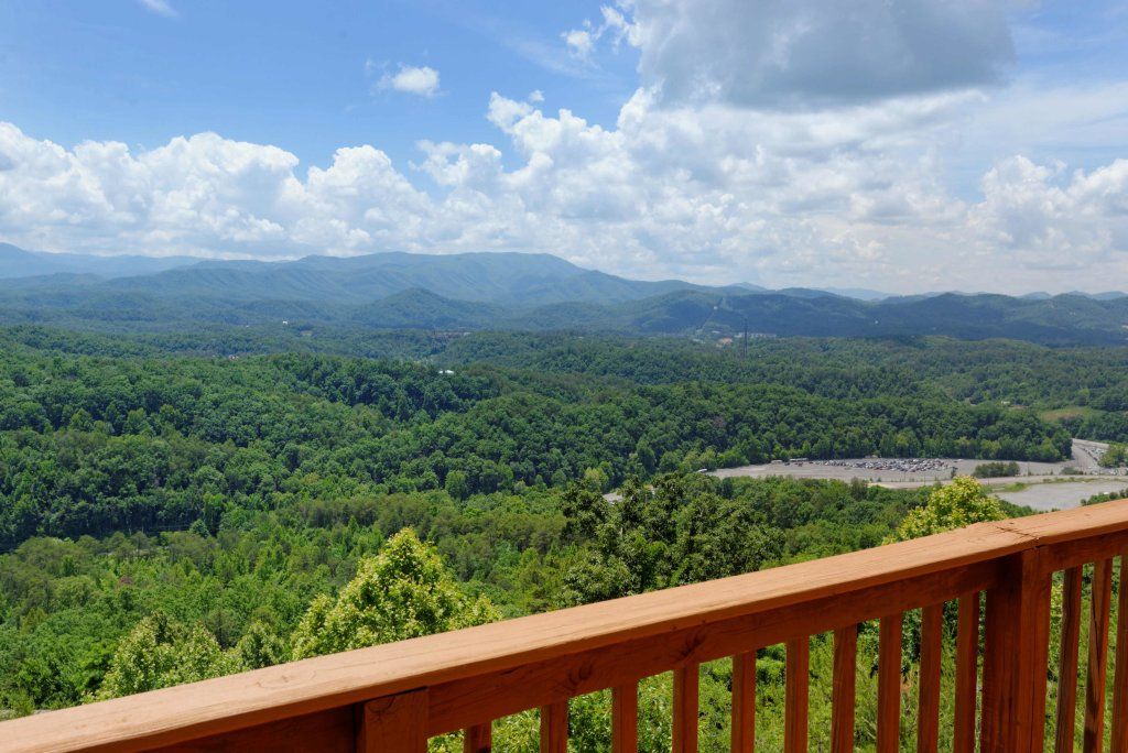 Photo of a Pigeon Forge Cabin named Amazing View #223 - This is the twenty-sixth photo in the set.