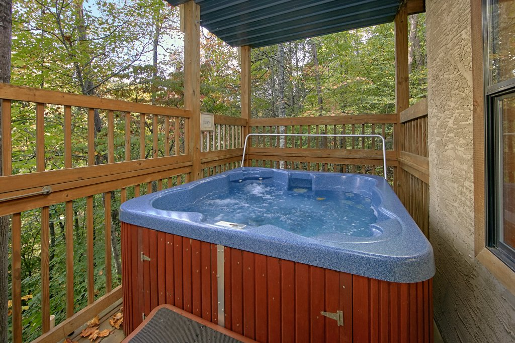 Photo of a Pigeon Forge Cabin named Boulder Bear Lodge #355 - This is the fifteenth photo in the set.