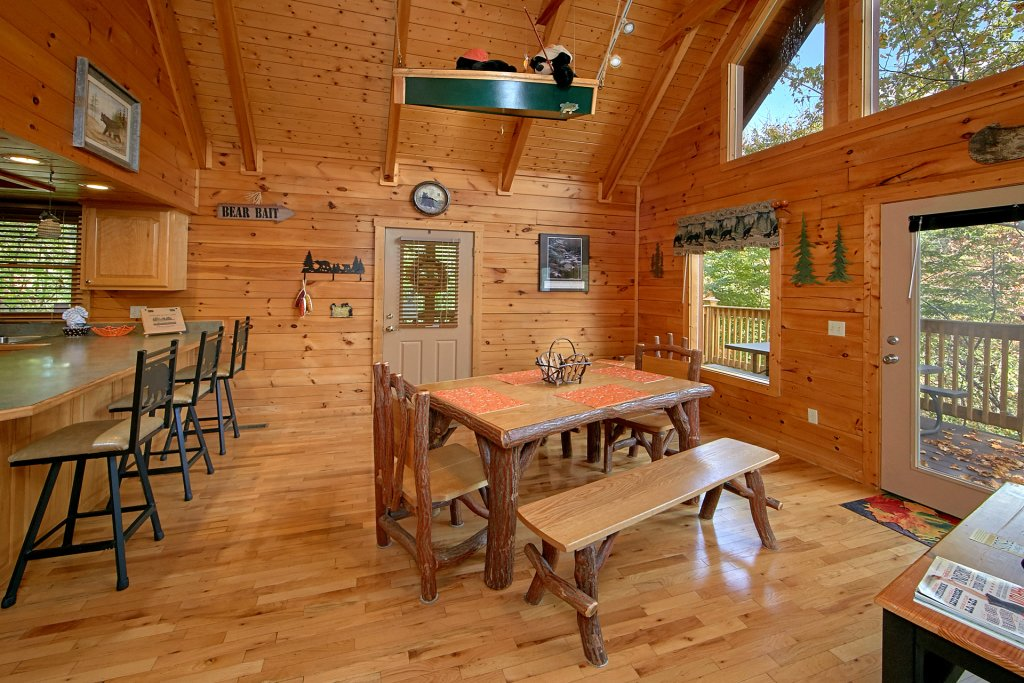 Photo of a Pigeon Forge Cabin named Boulder Bear Lodge #355 - This is the tenth photo in the set.