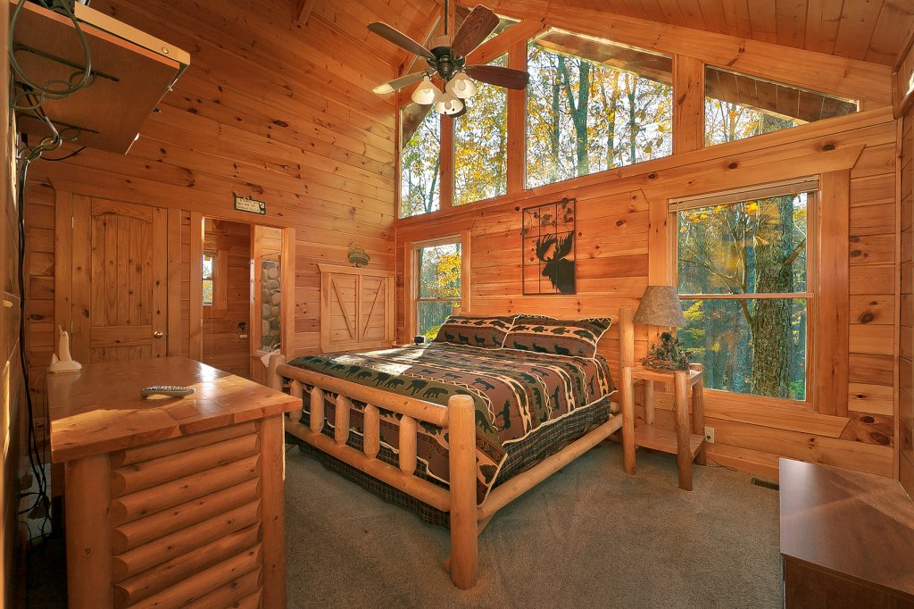 Photo of a Gatlinburg Cabin named Moonlight Obsession #254 - This is the fifteenth photo in the set.