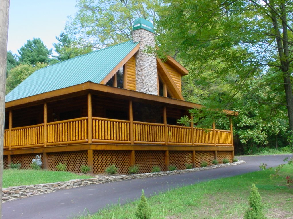 Photo of a Pigeon Forge Cabin named Trout House #350 - This is the thirty-third photo in the set.