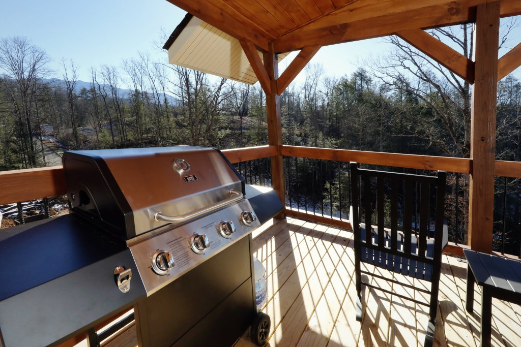 Photo of a Gatlinburg Cabin named Hilltop Haven - This is the eighth photo in the set.