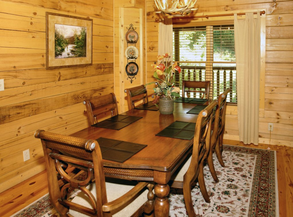 Photo of a Pigeon Forge Cabin named Trout House #350 - This is the forty-first photo in the set.