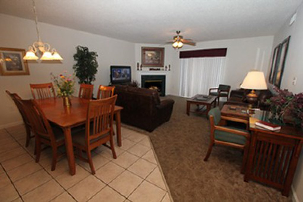 Photo of a Pigeon Forge Condo named Whispering Pines 524 - This is the third photo in the set.