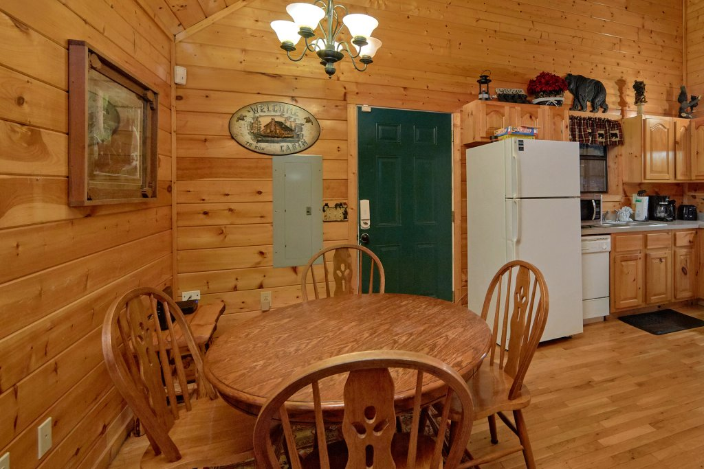 Photo of a Pigeon Forge Cabin named Tranquility Den - 210 - This is the twentieth photo in the set.