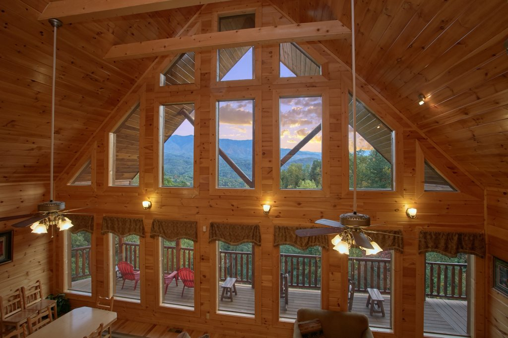 Photo of a Gatlinburg Cabin named Splash Mansion #500 - This is the thirtieth photo in the set.