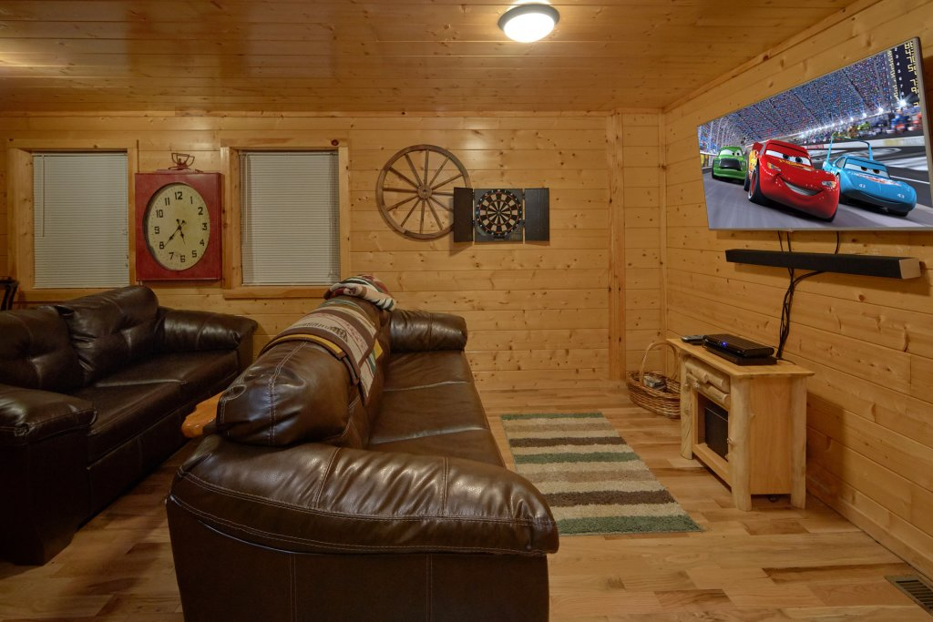 Photo of a Pigeon Forge Cabin named Tranquility Den - 210 - This is the twenty-second photo in the set.