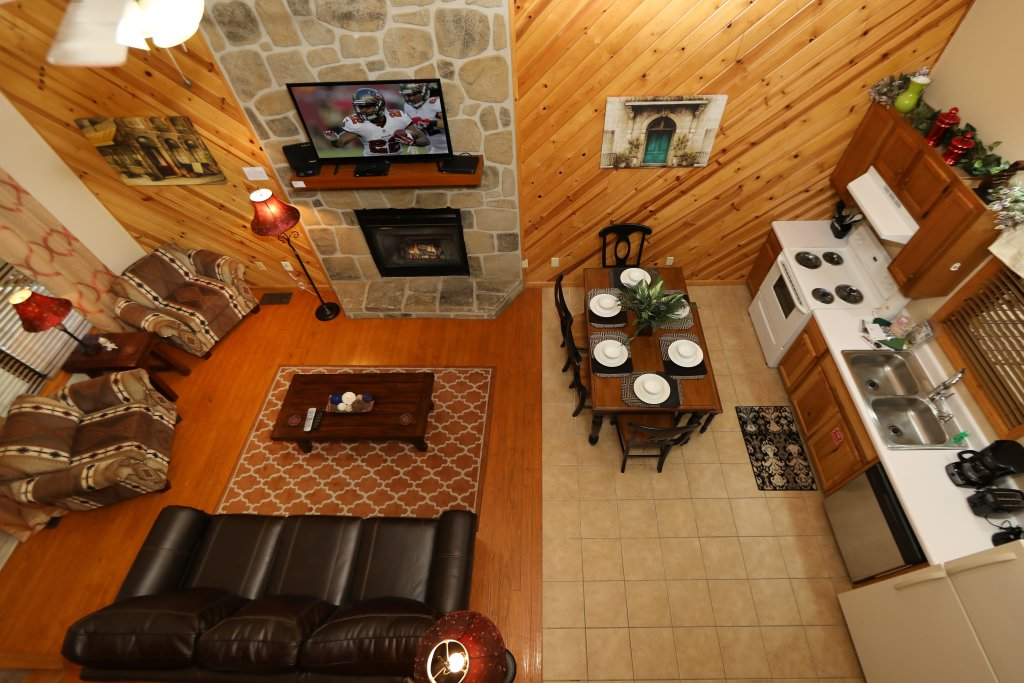 Photo of a Gatlinburg Cabin named Divine Escape - This is the eighth photo in the set.