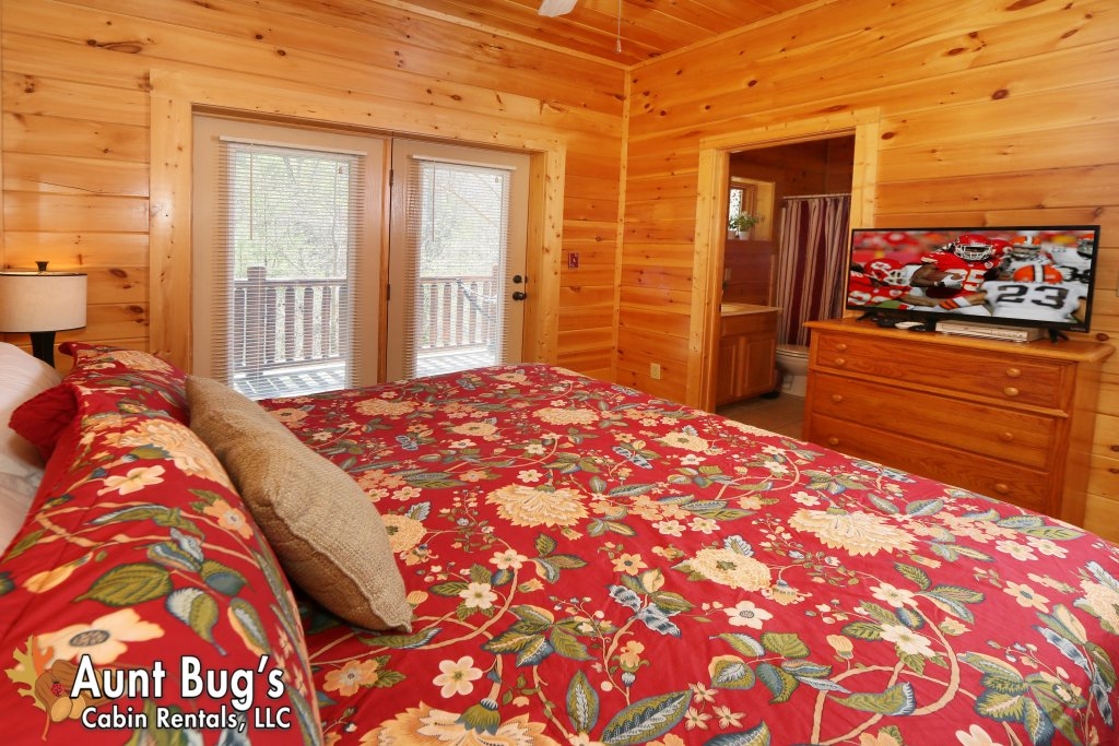 Photo of a Pigeon Forge Cabin named Big Daddy Bear #545 - This is the fourteenth photo in the set.