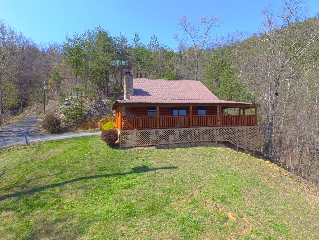 Photo of a Pigeon Forge Cabin named Grandpa Bear's View #233 - This is the eighteenth photo in the set.