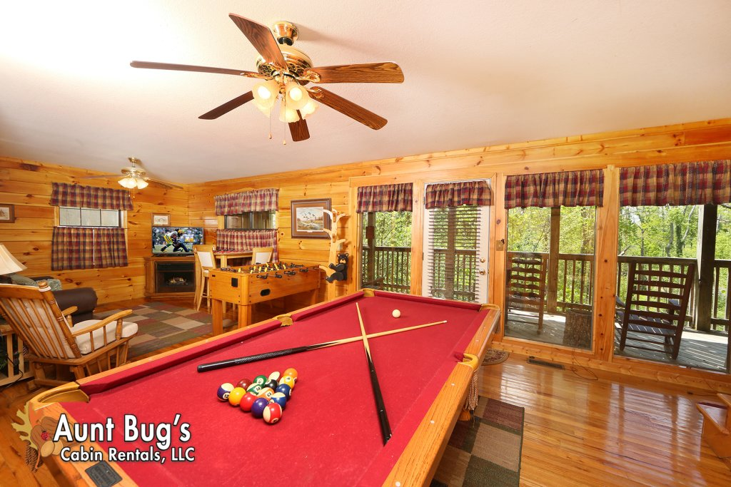 Photo of a Pigeon Forge Cabin named Smoky Mountain Getaway #435 - This is the seventh photo in the set.