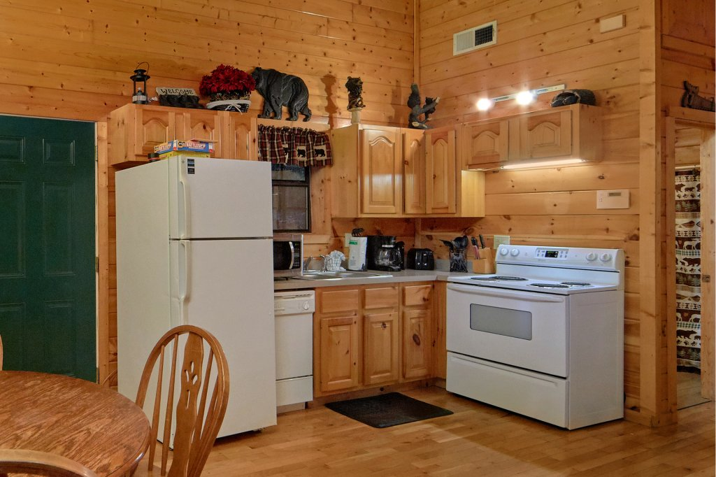 Photo of a Pigeon Forge Cabin named Tranquility Den - 210 - This is the fifteenth photo in the set.