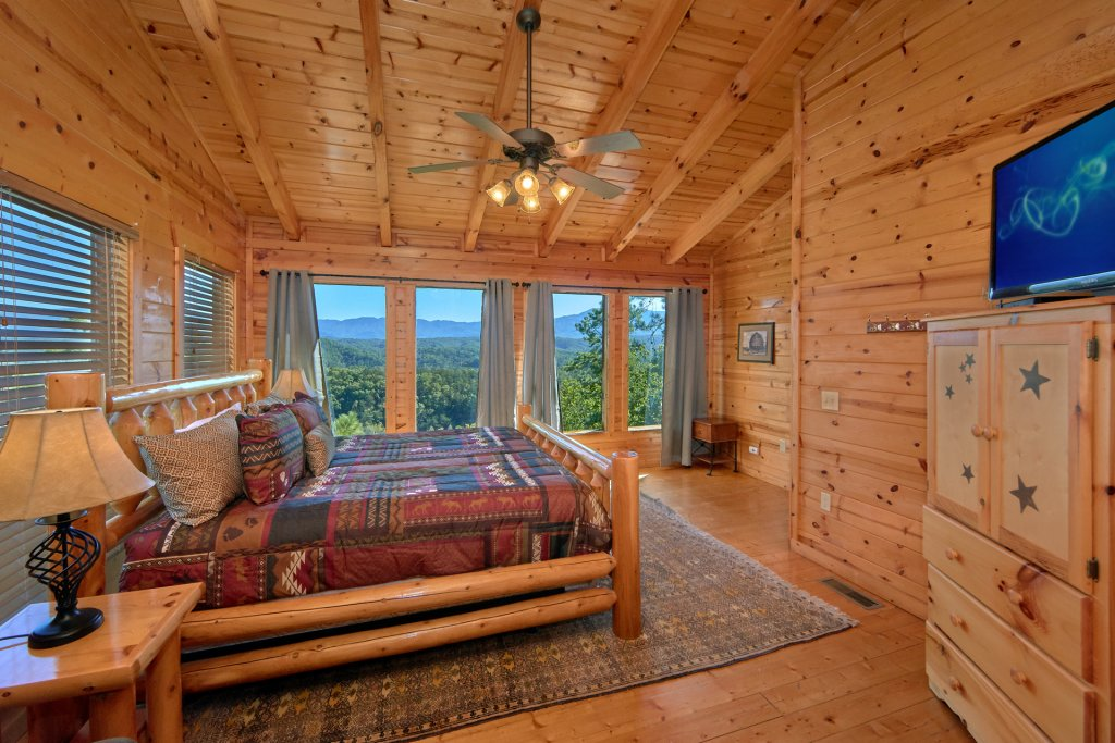 Photo of a Pigeon Forge Cabin named King's View - This is the twenty-first photo in the set.